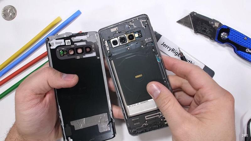 تعمیر ال سی دی Galaxy S10+