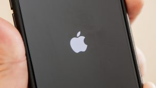 تعمیر دکمه ولوم iPhone XS Max در موبایل کمک با قیمتی عالی
