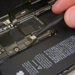 آزاد کردن کانکتور باتری iPhone XS