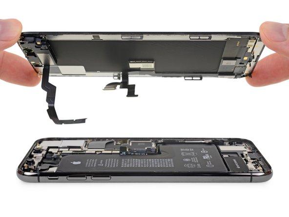 جداسازی کامل پنل جلو و قاب پشت iPhone XS