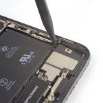 جداسازی کامل محفظه اسپیکر iPhone XS