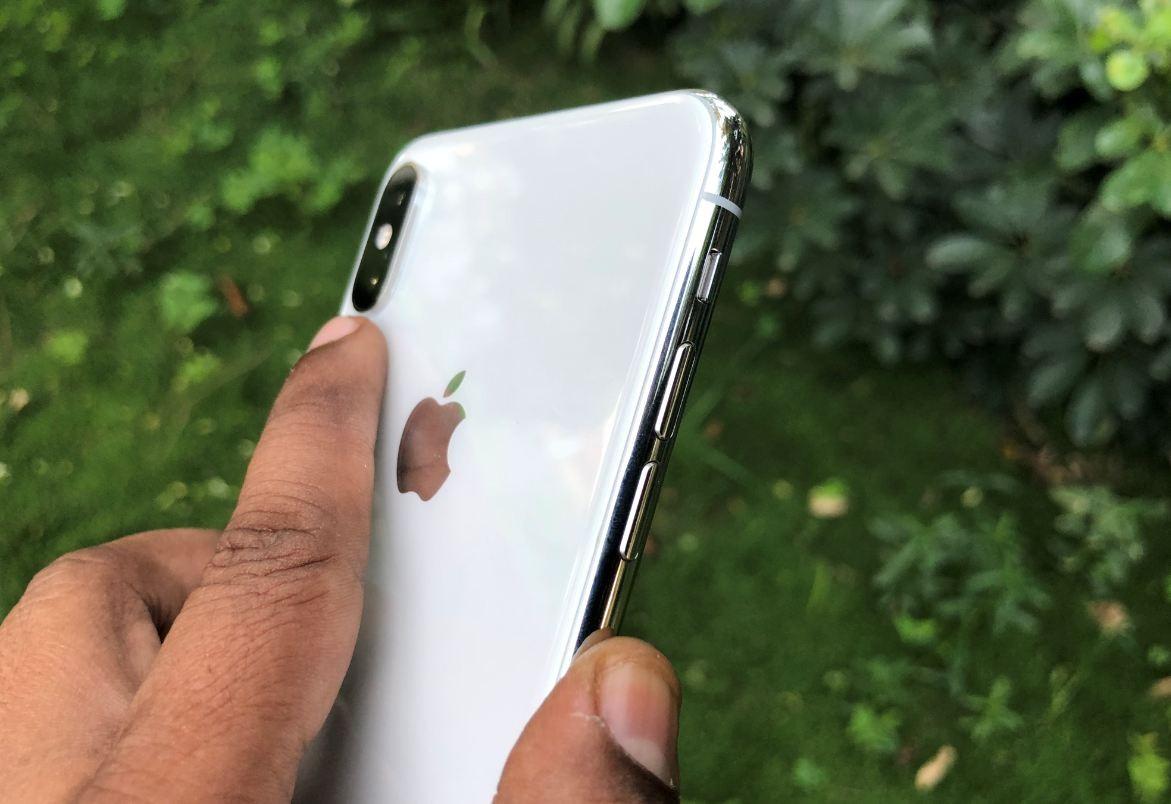 تعمیر یا تعویض دکمه ولوم آیفون XS | گارانتی اپل