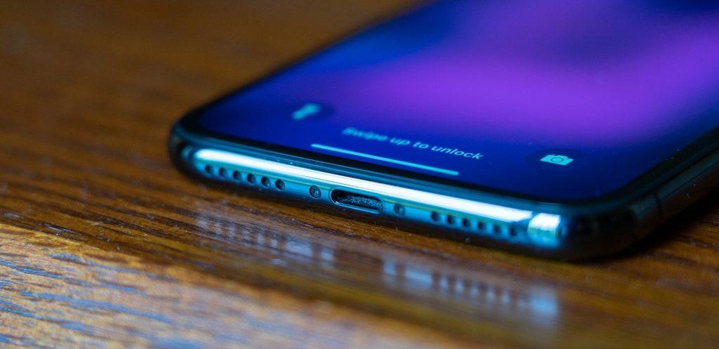تعمیر پورت لایتنینگ iPhone X