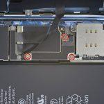 برداشتن براکت کانکتور باتری iPhone XR