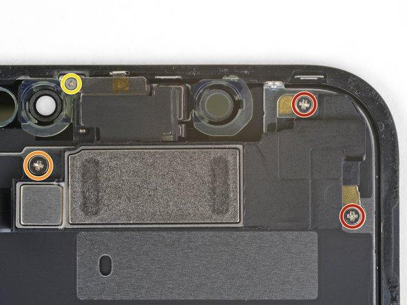 باز کردن پیچ اسپیکر و سنسور های جلو