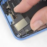 جداسازی کپسول اسپیکر iPhone XR
