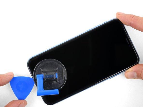 شل کردن لبه های زیرین و چپ قاب iPhone XR
