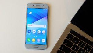 تعمیر تاچ ال سی دی Galaxy A3 سامسونگ با قیمت باورنکردنی!