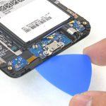 شل کردن لبه زیرین ال سی دی Galaxy S6 Edge Plus