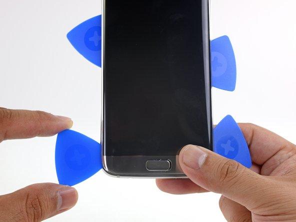 شل کردن گوشه پایین و سمت چپ LCD