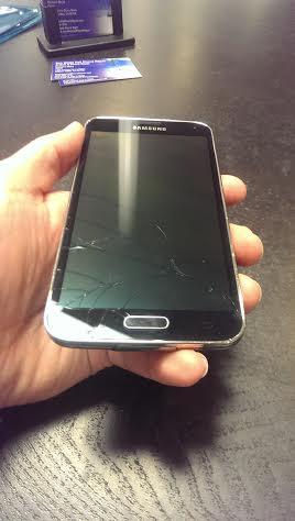 تعویض گلس یا شیشه شکسته سامسونگ گلکسی اس 5