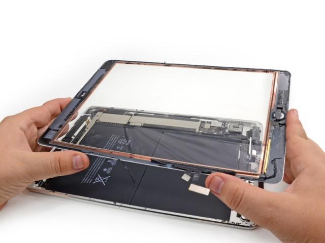 تعویض شیشه گلس آیپد 9.7 اینچ | نمایندگی اپل | تعویض گلس آیپد