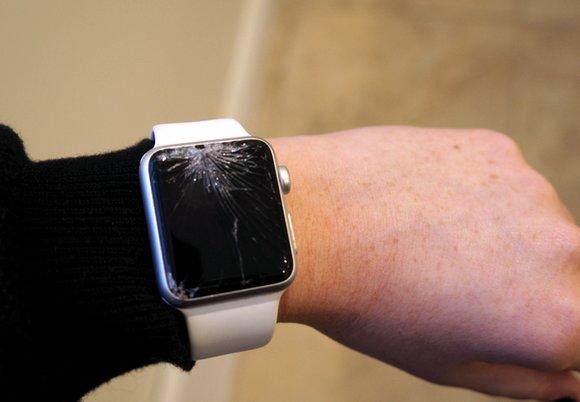 تعمیرات اپل واچ | تعویض گلس شکسته اپل واچ 3 | نمایندگی رسمی اپل