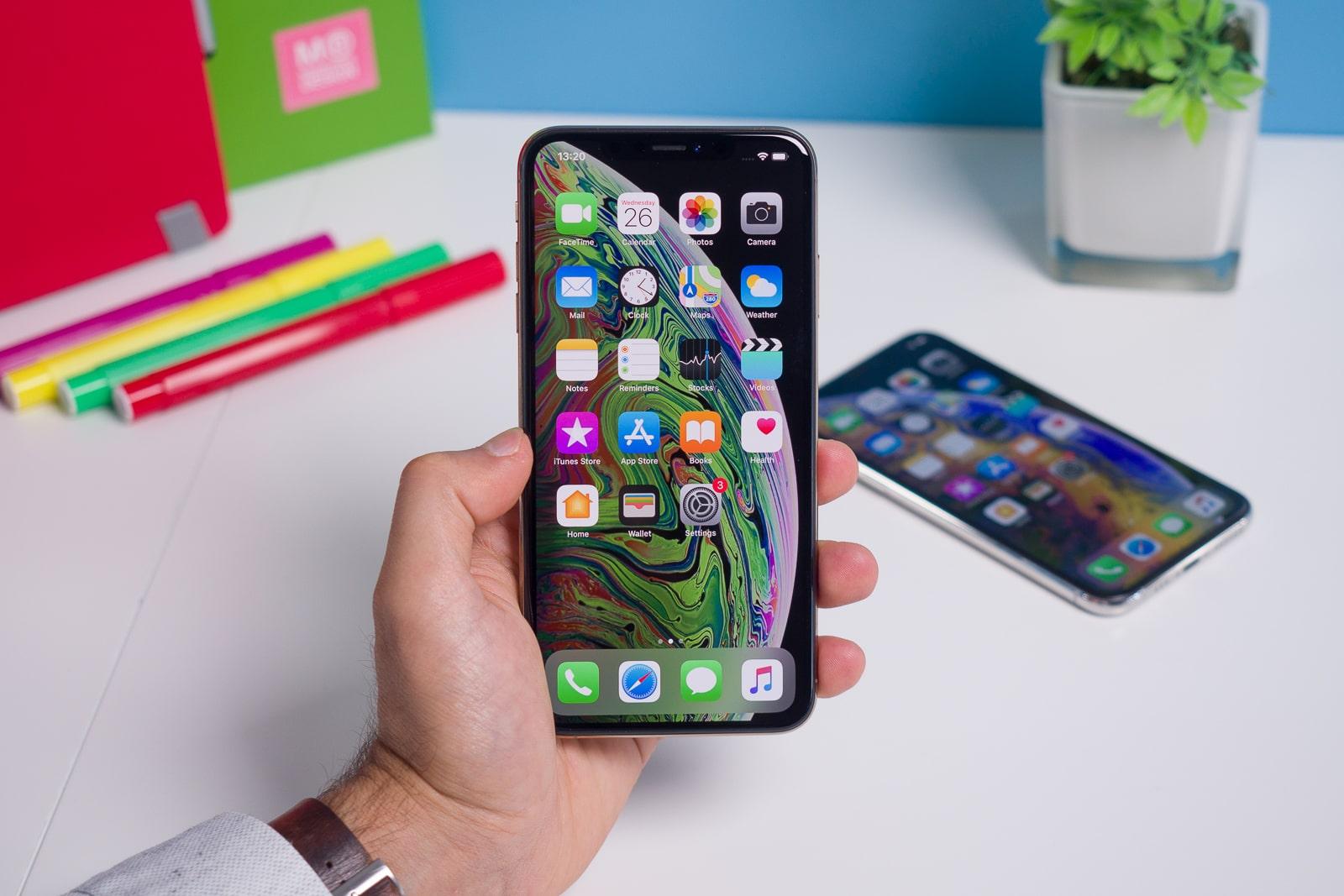 تعویض یا تعمیر ال سی دی آیفون XS Max در نمایندگی اپل | گارانتی اپل