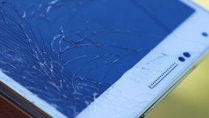 راهنمای تعویض گلس یا شیشه شکسته مدل های سری C سامسونگ