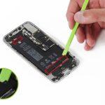 آزاد کردن چسب های نگهدارنده باتری