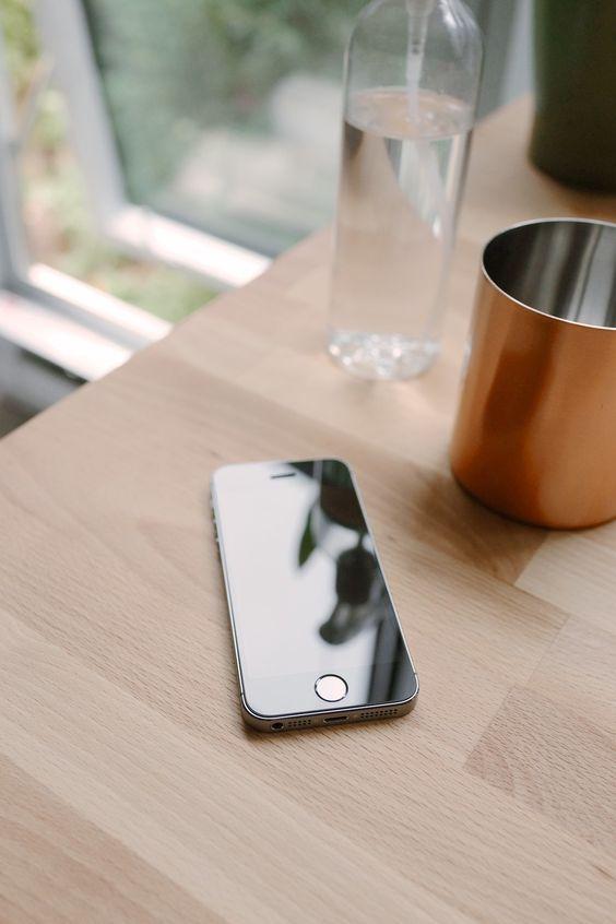 تعمیر مشکل فیس آیدی آیفون XS و XS Max | نمایندگی اپل