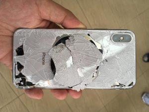 راهنمای تعویض قاب پشت شکسته آیفون اپل
