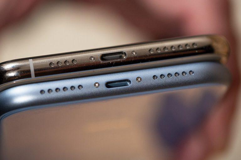 تعمیر میکروفون موبایل آیفون در موبایل کمک | نمایندگی مجاز اپل