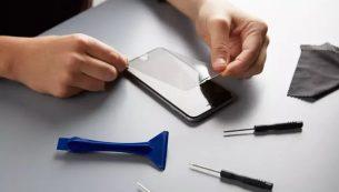 تعویض گلس یا شیشه شکسته iPhone SE 2020